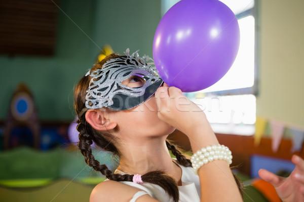 Adorabile ragazza pallone festa di compleanno home Foto d'archivio © wavebreak_media