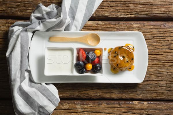 Egészséges reggeli adag tányér közelkép fitnessz Stock fotó © wavebreak_media