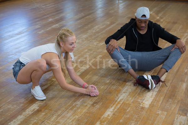 Teljes alakos táncosok gyakorol padló keményfa padló stúdió Stock fotó © wavebreak_media
