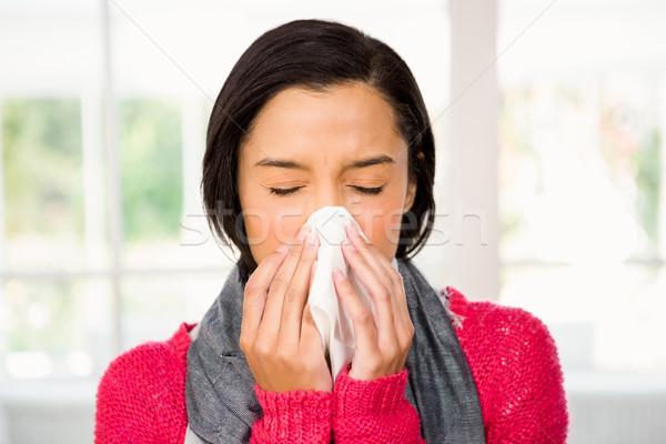 Сток-фото: привлекательный · брюнетка · домой · женщины · больным · довольно