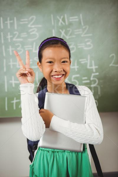 Schülerin Frieden Zeichen Klassenzimmer Schule Kind Stock foto © wavebreak_media