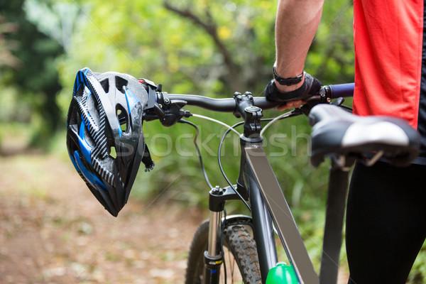 Mannelijke fietser lopen mountainbike platteland man Stockfoto © wavebreak_media