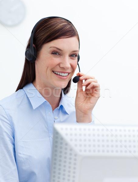 Gülen müşteri hizmetleri ajan kulaklık beyaz ofis Stok fotoğraf © wavebreak_media