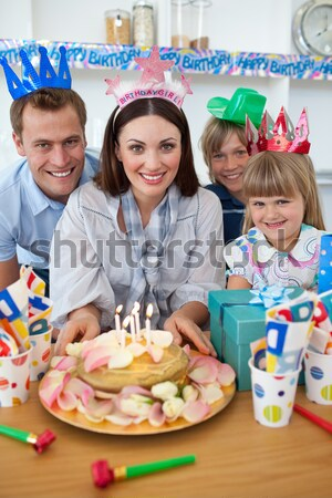 Mulher aniversário família casa da família feliz Foto stock © wavebreak_media