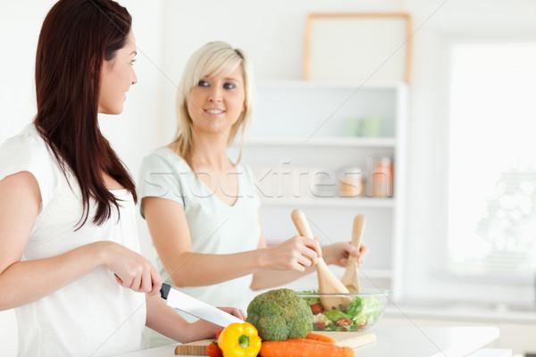 若い女性 ディナー キッチン 家 健康 美 ストックフォト © wavebreak_media