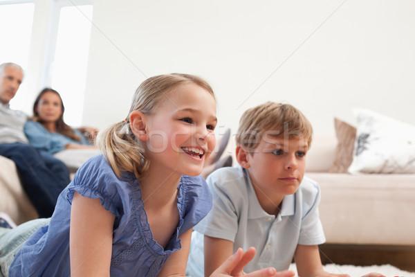 Photo stock: Enfants · jouer · jeux · vidéo · parents · regarder · salon
