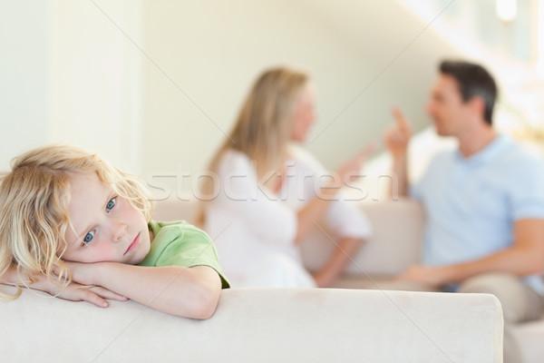 Triest jongen ruzie ouders achter man Stockfoto © wavebreak_media