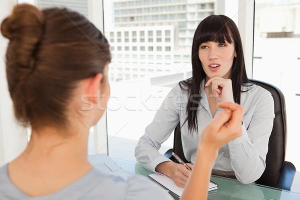 Potentiel employé femme d'affaires bureau affaires sourire Photo stock © wavebreak_media
