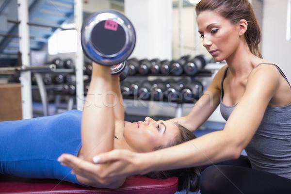 Kobieta wagi kobiet trener siłowni Zdjęcia stock © wavebreak_media