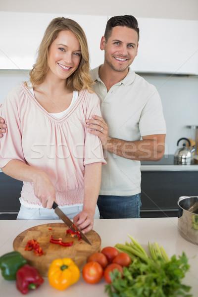 Pár ételt készít együtt konyhapult portré boldog Stock fotó © wavebreak_media
