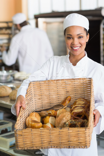 Mooie bakker tonen mand brood keuken Stockfoto © wavebreak_media