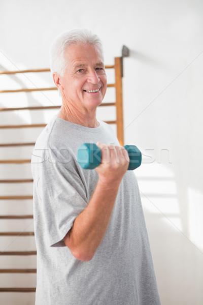Senior man opleiding fitness studio gelukkig Stockfoto © wavebreak_media