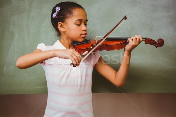 Stock fotó: Portré · aranyos · kislány · játszik · hegedű · osztályterem
