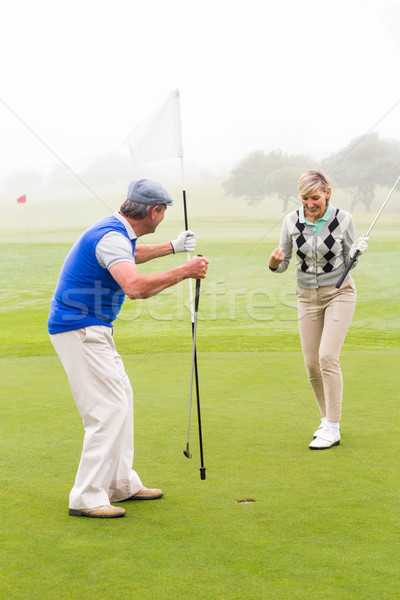 Golfen Paar Jubel grünen neblig Tag Stock foto © wavebreak_media
