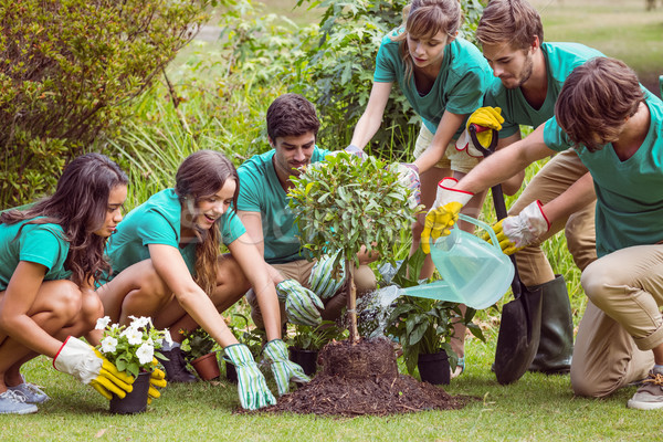 Gelukkig vrienden tuinieren gemeenschap man Stockfoto © wavebreak_media