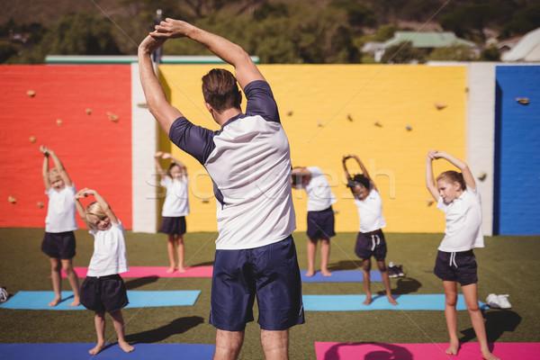 Koç öğretim egzersiz okul çocuklar kız Stok fotoğraf © wavebreak_media