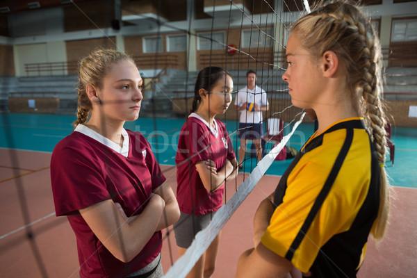 Vrouwelijke spelers permanente staren ander Stockfoto © wavebreak_media