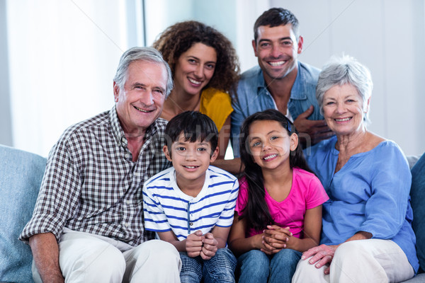 肖像 幸せな家族 座って 一緒に ソファ ホーム ストックフォト © wavebreak_media
