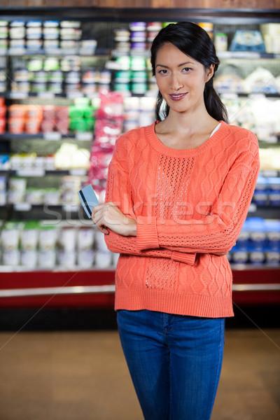 Portret kobieta karty kredytowej uśmiechnięta kobieta spożywczy Zdjęcia stock © wavebreak_media