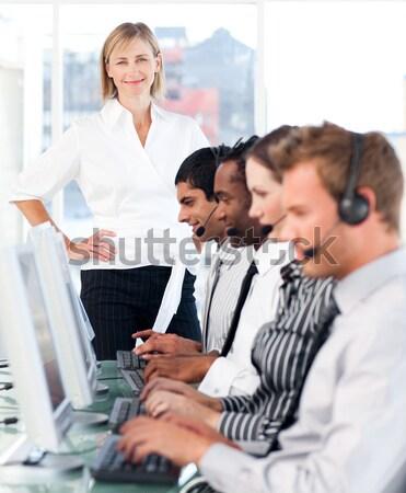 Karizmatikus üzletemberek megbeszélés iroda számítógép nő Stock fotó © wavebreak_media