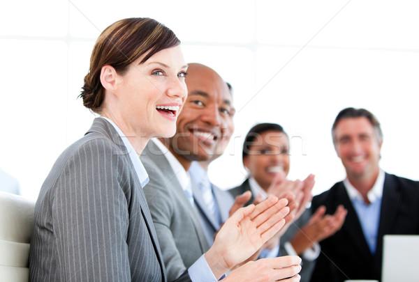 肖像 笑みを浮かべて 拍手 プレゼンテーション 白 ストックフォト © wavebreak_media