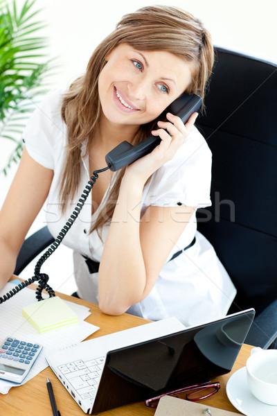 Stockfoto: Heldere · zakenvrouw · praten · telefoon · vergadering · kantoor