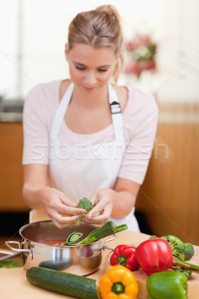 Portret vrouw koken keuken werk interieur Stockfoto © wavebreak_media