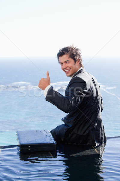 Portret zakenman duim omhoog zwembad business Stockfoto © wavebreak_media