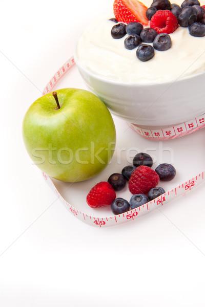Stockfoto: Appel · bessen · room · witte · achtergrond · aardbei