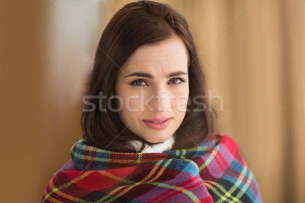 Ritratto bellezza bruna coprire home soggiorno Foto d'archivio © wavebreak_media