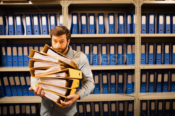 Geschäftsmann halten Dateien Abstellraum Schrank Stock foto © wavebreak_media