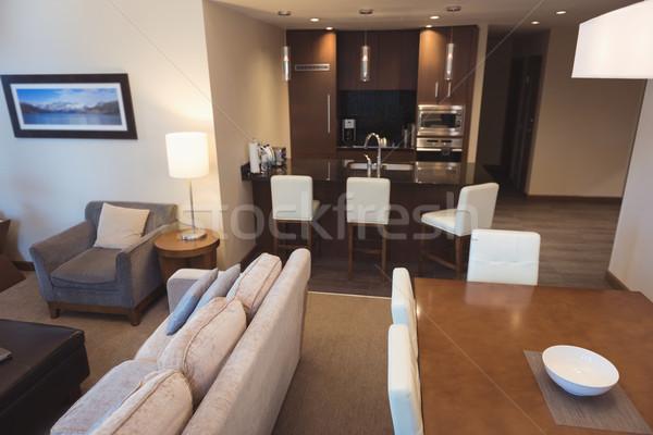 空っぽ リビングルーム インテリア 壁 ホーム 椅子 ストックフォト © wavebreak_media