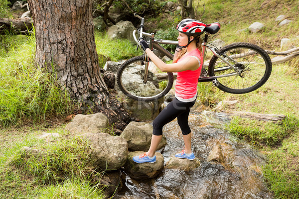 блондинка спортсмена горных велосипедов потока природы Сток-фото © wavebreak_media
