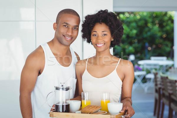 Gelukkig paar ontbijt dienblad keuken Stockfoto © wavebreak_media
