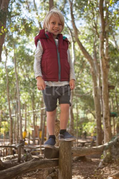 Bambina piedi boschi foresta ritratto bambino Foto d'archivio © wavebreak_media