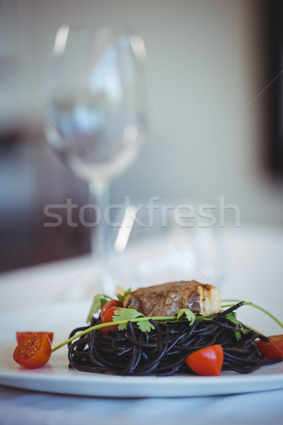 кальмар чернила спагетти блюдо базилик ресторан Сток-фото © wavebreak_media