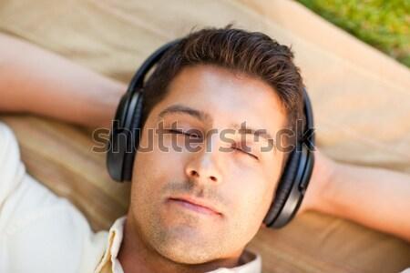 クローズアップ 若い女性 リスニング 音楽 バブル ストックフォト © wavebreak_media