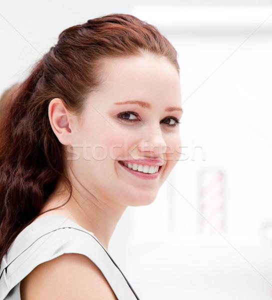 Portrait souriant femme d'affaires réunion bureau sourire Photo stock © wavebreak_media