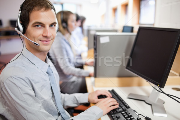 ストックフォト: アシスタント · コールセンター · コンピュータ · オフィス · 連絡