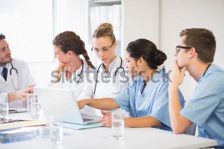 Arts tonen iets triest laptop Stockfoto © wavebreak_media