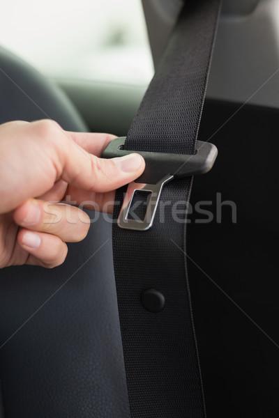 Człowiek siedziba pasa samochodu bezpieczeństwa życia Zdjęcia stock © wavebreak_media