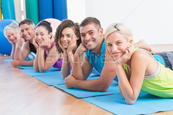 Personnes détente exercice fitness studio portrait Photo stock © wavebreak_media