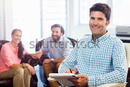 Lächelnd Geschäftsleute arbeiten Büro Kaffee Stock foto © wavebreak_media