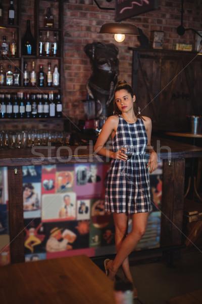 Vino rosso pub bella tavola bar Foto d'archivio © wavebreak_media