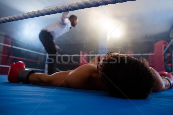 Stockfoto: Bewusteloos · bokser · arbiter · ring · mannelijke · boksen