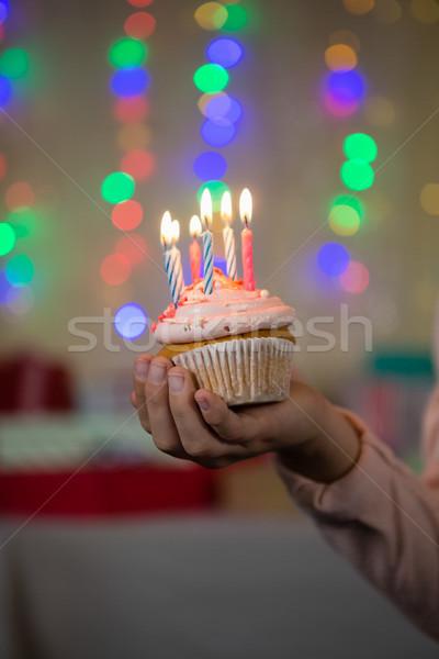 Dziewczyna Świeca urodziny domu Zdjęcia stock © wavebreak_media