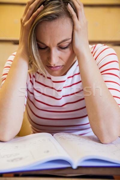 занят женщины студент изучения университета женщину Сток-фото © wavebreak_media