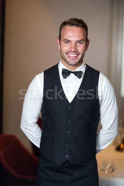 Portre gülen garson ticari mutfak adam Stok fotoğraf © wavebreak_media