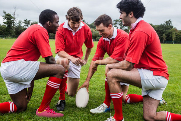 Rugby jogadores discutir tática combinar parque Foto stock © wavebreak_media