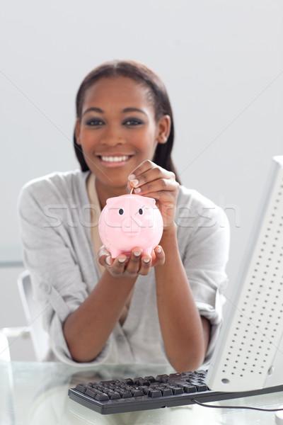 Sorridente étnico empresária dinheiro Foto stock © wavebreak_media